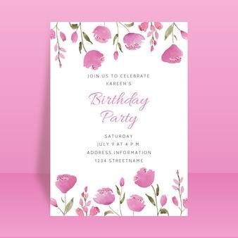 Mooie verjaardagsfeestje uitnodigingskaart met bloemen