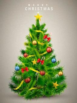 Mooie versierde kerstboom geïsoleerd op grijs
