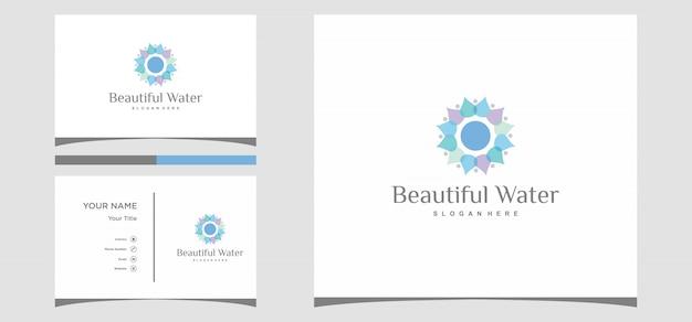 Mooie waterlogo-ontwerpen met kaartsjabloon