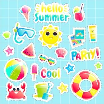 Mooie zon en krab en watermeloen en strandbal