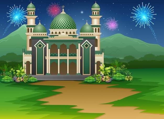 Moskee de bouw met een mening van vuurwerk in de hemel