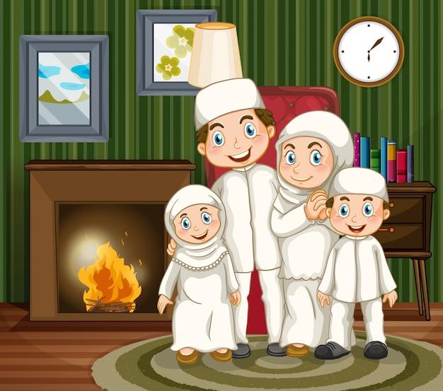 Moslim gezin bij de open haard in de woonkamer