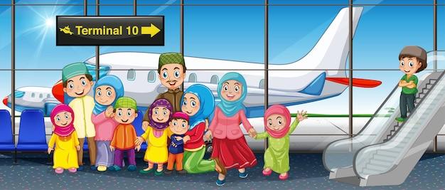 Moslimfamilie op de luchthaven