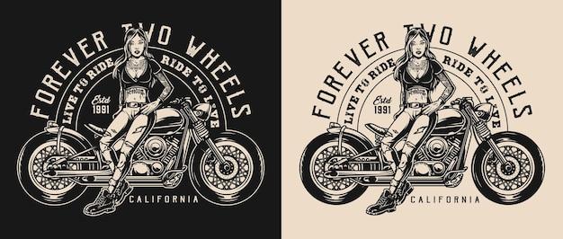 Motorfiets vintage zwart-wit label met inscripties en aantrekkelijke vrouw in de buurt van moto bike op donkere en lichte achtergronden