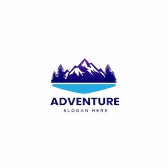 Mountain adventure logo illustratie