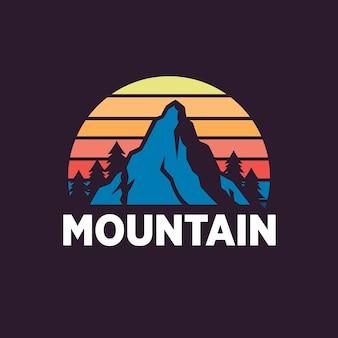 Mountain logo sjablonen