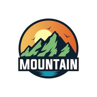 Mountain paradise logo ontwerp