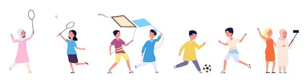Multiculturele vriendschap. arabische kinderen, kinderen spelen samen. internationale jongen meisje spel met bal, selfie vectorillustratie maken. vriendschap multiculturele jongen en meisje spelen