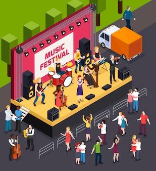 Muzikanten tijdens de uitvoering op scène van muziekfestival en dansende bezoekers isometrische compositie