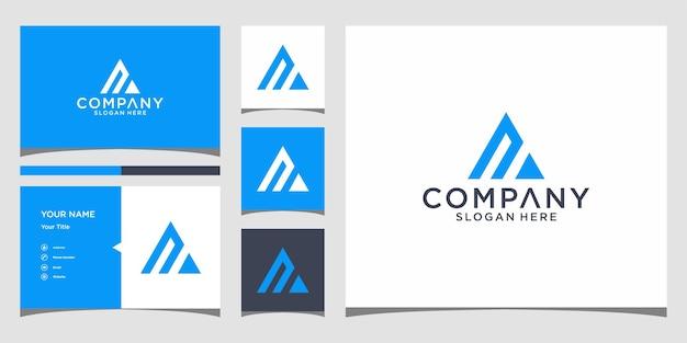 Na-driehoekslogo-ontwerp met bussines-kaartsjabloon