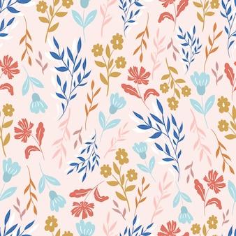Naadloos patroon met bladeren en bloemen