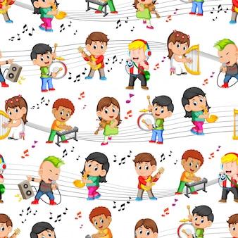 Naadloos patroon met gelukkige kinderen die muziek spelen