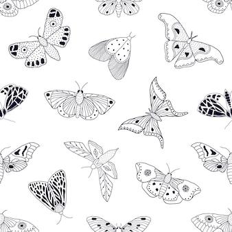 Naadloos patroon met hand getrokken vlinders en motten