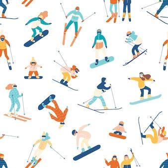 Naadloos patroon met mensen skiën en snowboarden op wit.