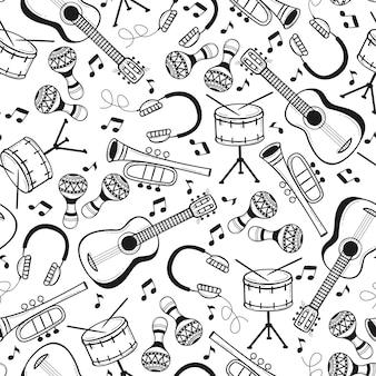 Naadloos patroon met muziekinstrumenten in doodle stijl