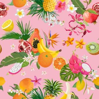 Naadloos patroon met tropische vruchten en bloemen. banaan, sinaasappel, citroen, ananas, dragon fruit achtergrond voor textiel, mode textuur, behang in vector