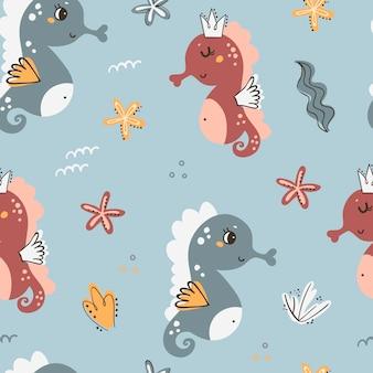 Naadloos patroon met zeepaardjes en zeewier
