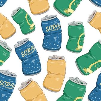 Naadloos patroon van gebroken frisdrankblikken met biersoda en kalk op witte achtergrond