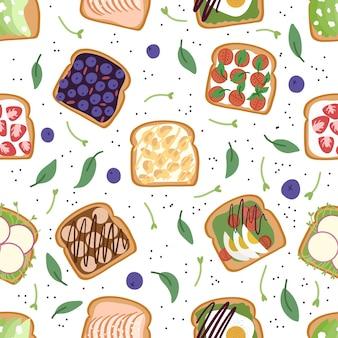 Naadloos patroon van zoete en zoute toast met verschillende bessen, zalm, avocado, eieren.