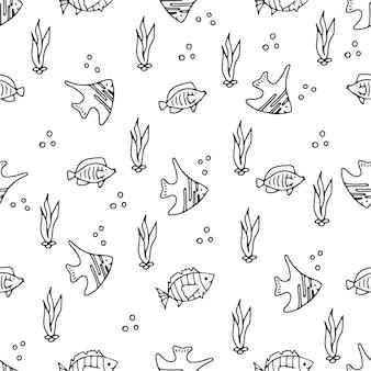 Naadloze hand getrokken doodle patroon. mariene thema. leuke vissen. vector illustratie. zee creaties.