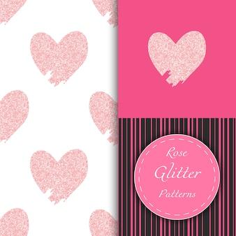 Naadloze patronen met doodle roos glinsterende harten