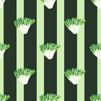 Naadloze patroon frisee salade op donkere gestreepte achtergrond. abstract ornament met sla.