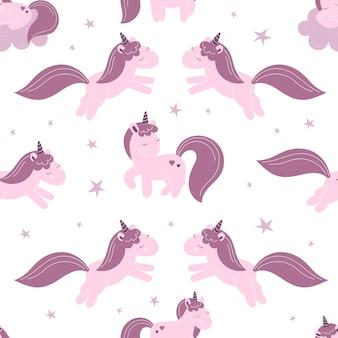 Naadloze patroon met schattige fee eenhoorns, wolken, sterren. decor voor een kinderkamer, verpakking, behang, print voor kleding. vectorillustratie in vlakke stijl, kindkarakter