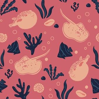Naadloze patroon met vissen pijlstaartrog fugu oceaan leven en zeedieren nautische achtergrond