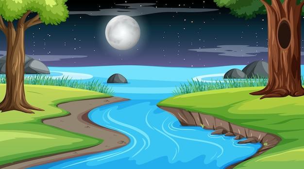 Natuur boslandschap bij nachtscène met lange rivier die door de weide stroomt