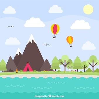 Natuurlijke landschap met bergen en een meer