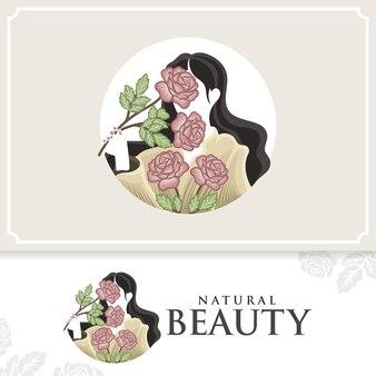 Natuurlijke mooie vrouw vector logo met bloemen