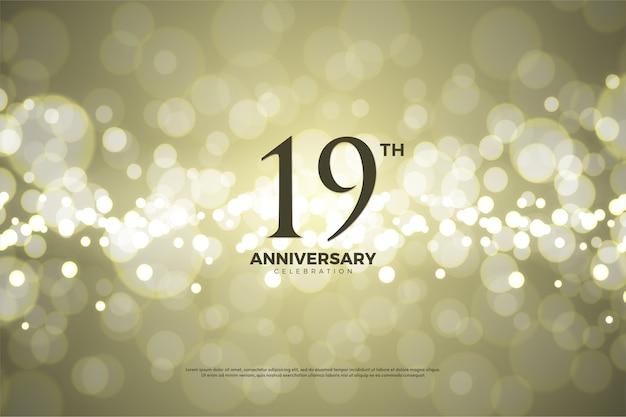 Negentiende verjaardag met gouden papieren achtergrond