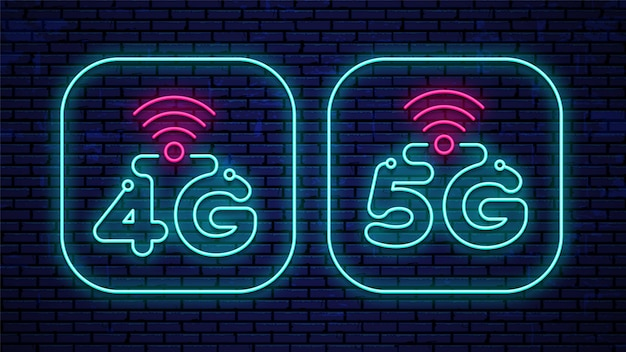 Neon 4g- en 5g-borden geïsoleerd op de muur.