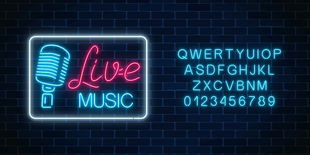 Neon alfabet en bord van nachtclub met live muziek