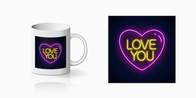 Neon love you-tekst in hartvorm voor bekerontwerp.