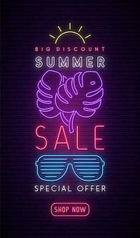 Neon summer sale uithangbord