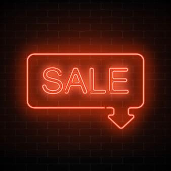 Neon verkoop bord in frame met pijl in rode kleur. uitnodigend met korting.