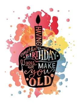 Nog een verjaardag hebben maakt je geen oude tekst met cupcake en kaars als verjaardagslogo Premium Vector