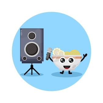 Noodle karaoke schattig karakter logo
