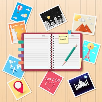 Notitieblok en fotoalbum met reiselementen.