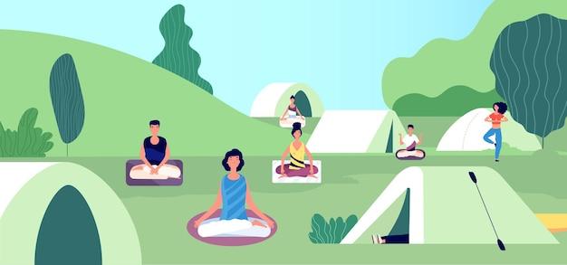 Ochtendmeditatie. zomer yoga camping.