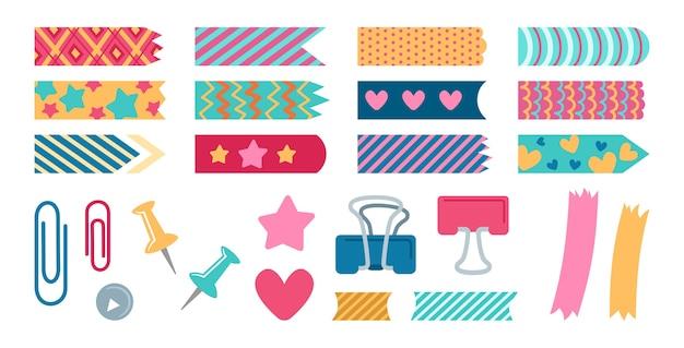 Office-elementen plannen set briefpapier. papieren stickers en metalen pinnen, bladwijzers. ontwerpelementencollectie voor notitieboekje, dagboek of het bewaren van herinneringen, plakboek.