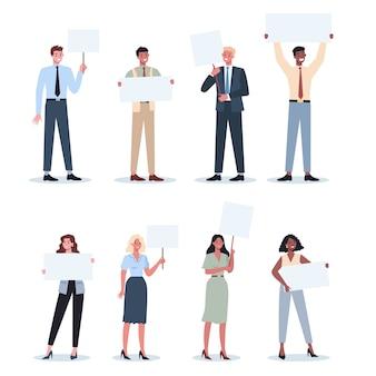 Office mensen houden banner set. verzameling van werknemerskarakter met leeg leeg bord voor bericht. reclame concept. geïsoleerde vectorillustratie in cartoon stijl