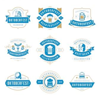 Oktoberfest badges en etiketten instellen vintage typografisch