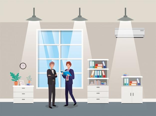 Ondernemers koppelen in gang kantoor