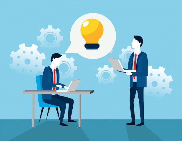 Ondernemers met versnellingen en praatjebel met lamp