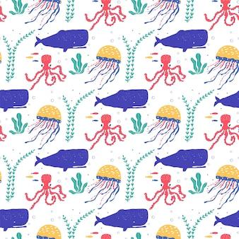Onderwaterwezens vissen, kwallen, octopus, anemoonvissen, zeeplanten en koralen, bezet met zeedieren voor stof, textiel, behang, kinderkamerinrichting, prints, kinderachtig naadloos patroon. vector
