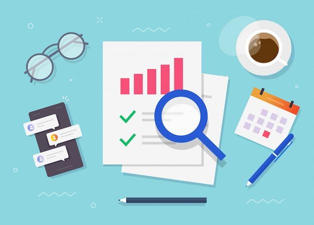 Onderzoek van auditrapport of evaluatie van financiële risicotoegang bovenaanzicht werktafel