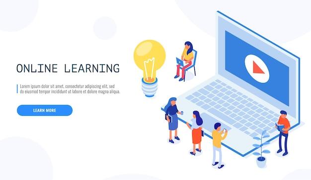 Online onderwijs. werkplek met video op laptop en kleine mensen.