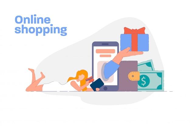 Online winkelen concept. vrouw die online met creditcard op mobiele telefoon betaalt. klant winkelen en draadloos betalen in de moderne smartphone-app